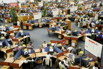 image of sales people in a call center