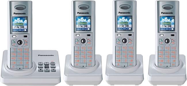 Panasonic KX-TG8224E W White Quad - Digital Cordless Phone with Answering Machine