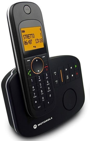 Motorola  D1011 DECT Cordless Phone with Answering Machine
