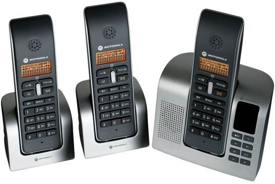 Motorola D213 Triple DECT Corldess Phone with Answering Machine