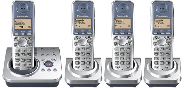 Panasonic KX-TG7224ES Quad Cordless Phone with Answering Machine
