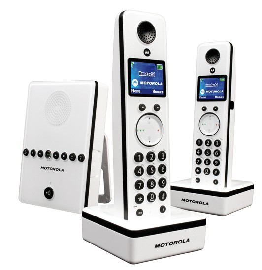 Motorola LIVN D812 DECT Cordless Phone Twin Pack with Answering Machine- White