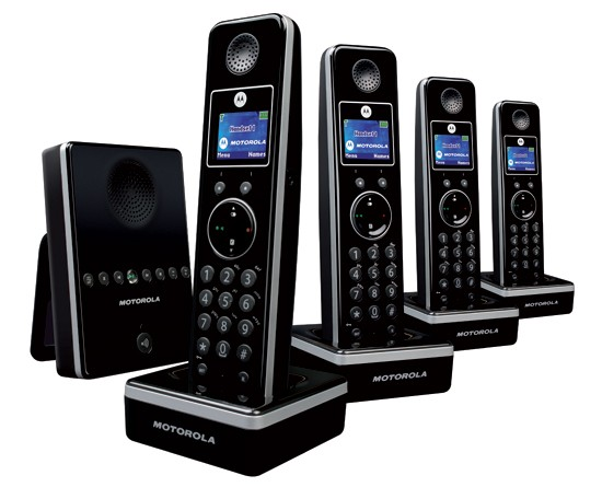 Motorola LIVN D814 DECT Cordless Phone Quad Pack with Answering Machine - Black