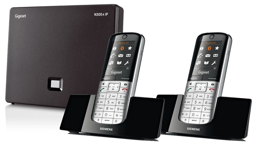 Siemens Gigaset N300A IP DECT Base With Answering Machine And SL400H Additional Handsets - Twin Pack